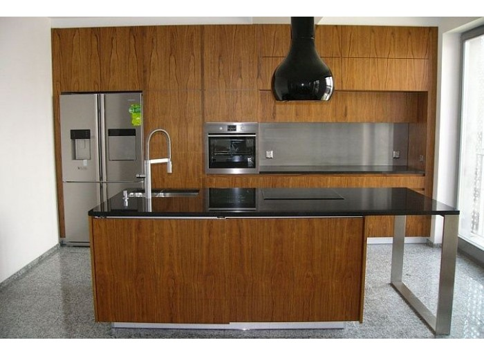 Кухня Арт из шпона 006